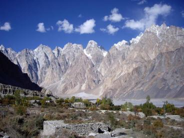 http://zenslim.ru/sites/default/files/resize/uploads/Passu-Hunza-Valley-Pakistan-368x276.jpg