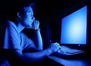 Работа и игра на компьютере особенно отрицательно влияет на сон
