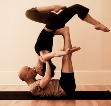Секс и йога позы