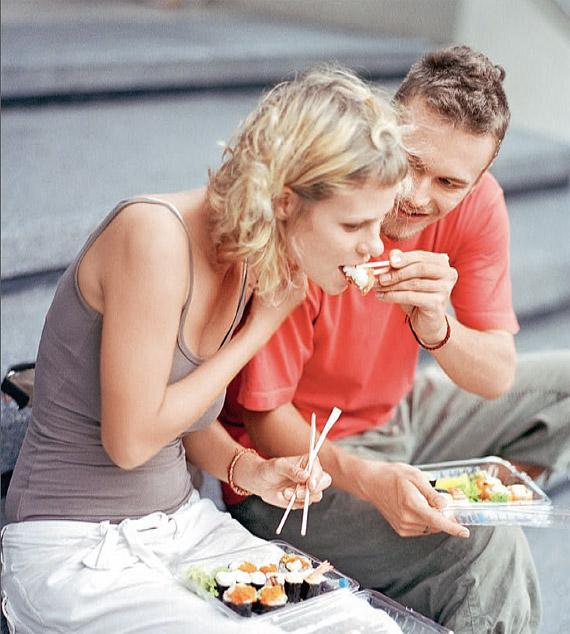 Почему частое питание  малыми порциями может причинить вред вашему здоровью