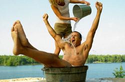 закаливание организма (контрастный душ) омолаживает физическое тело и улучшает состояния эфирного тела
